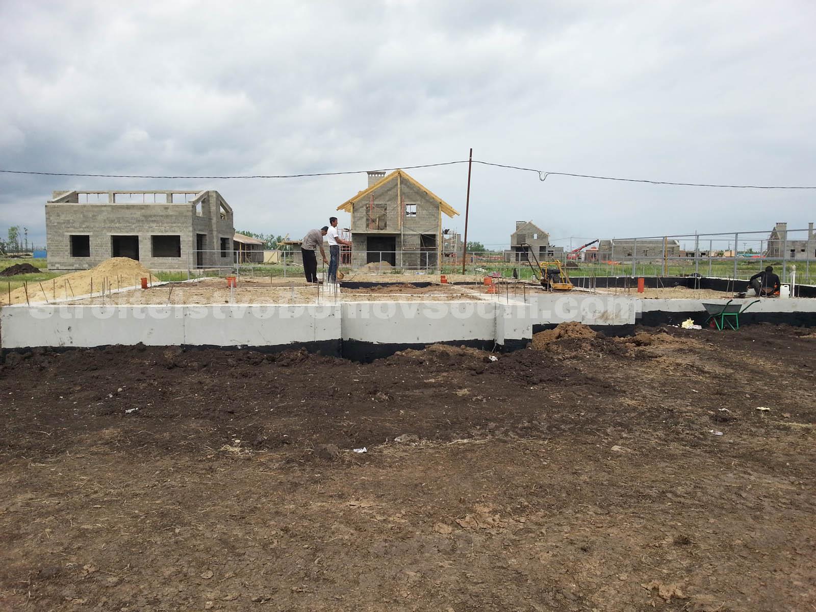 Устройство бетонных полов первого этажа